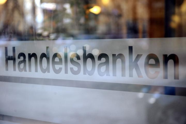 Handelsbankenin mukaan kasvua vauhdittavat muun muassa kotitalouksien patoutuneen kysynnän purkautuminen ja viennin vahva vire. LEHTIKUVA / MIKKO STIG