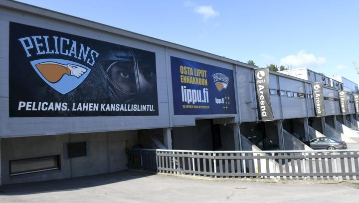 Lahden Pelicansin taustalla toimivat Lahden Pelicans Oy ja Pelicans Ravintolat Oy tekivät tilikaudella 2020–21 tappiota yli miljoona euroa. LEHTIKUVA / Heikki Saukkomaa