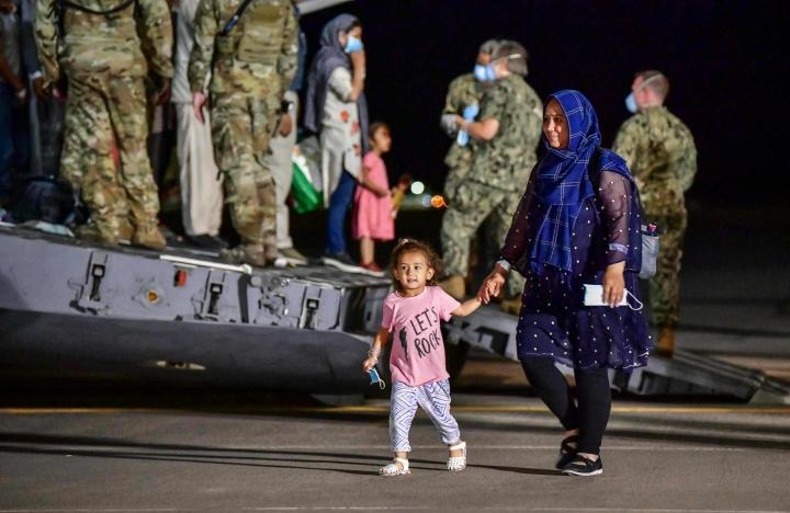 Britannia, Ranska ja Saksa haluavat jatkaa Kabulin lentokentän aukioloa elokuun lopun jälkeenkin.  LEHTIKUVA / AFP