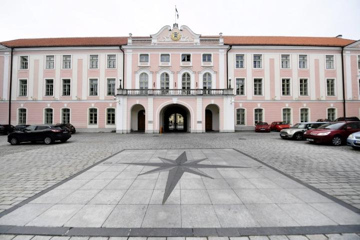 Virossa maan parlamentti äänestää seuraavasta presidentistä. LEHTIKUVA / Vesa Moilanen