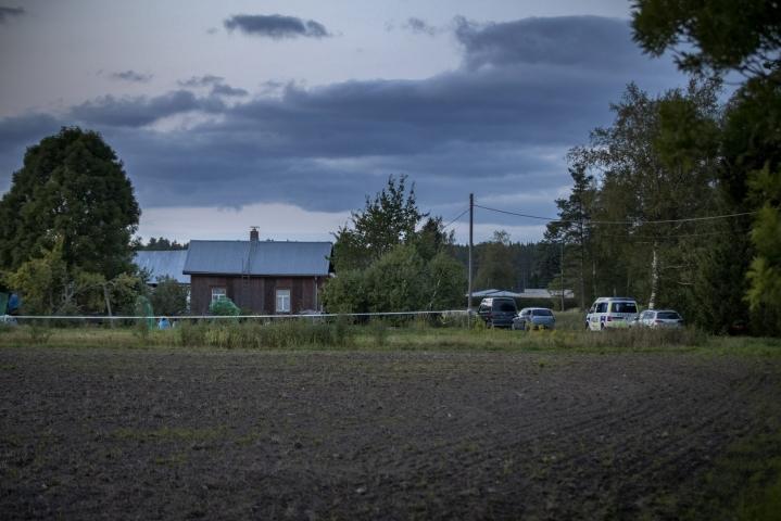 Poliisi ei kertonut maanantaina tarkempia tietoja ampumistapauksesta Ruskolla. LEHTIKUVA / RONI LEHTI