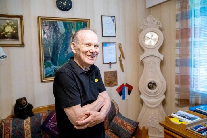 Unto Turunen teki kansalaisopistossa könninkellon seitsemän vuotta sitten.