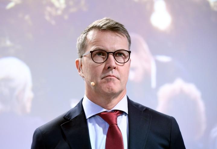 Toimitusjohtaja Pekka Tennilän mukaan Altian huhti-kesäkuun kannattavuus heikkeni ohran korkeamman hinnan ja koronaviruspandemian vuoksi toteutettujen väliaikaisten kustannussäästötoimenpiteiden vuoksi. LEHTIKUVA / HEIKKI SAUKKOMAA