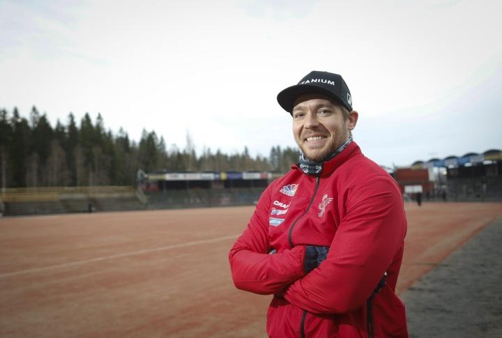 Juha Puhtimäen Manse joutui koville sarjajumbo Haminan vieraana. LEHTIKUVA / Kalle Parkkinen