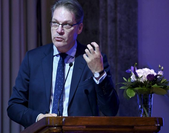 Toimitusjohtaja Risto Murron mukaan Varman eläkevarat kasvoivat uuteen ennätykseensä. LEHTIKUVA / HEIKKI SAUKKOMAA