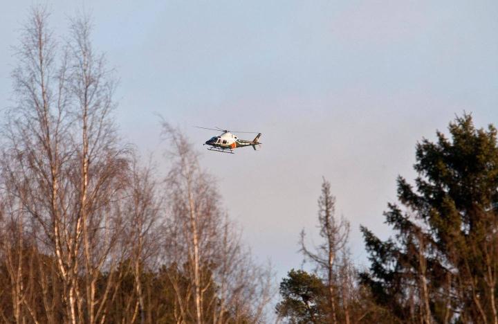 Rajavartiolaitoksen helikoptereiden tehtävistä suurin osa on merialueella, mutta esimerkiksi henkilöetsintöjä on tehty ja maastopaloja sammutettu pitkin Suomea.