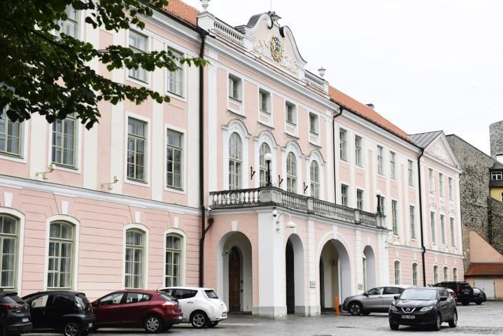 Riigikogulla on toistaiseksi valittavanaan vain yksi ehdokas presidentiksi, kansallismuseon johtaja Alar Karis. LEHTIKUVA / VESA MOILANEN