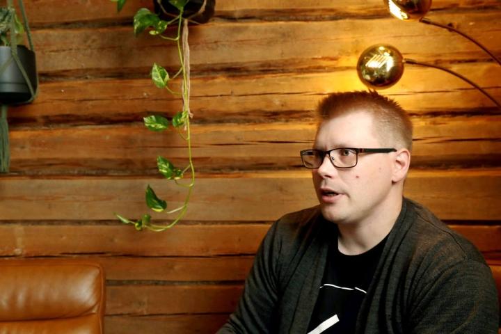 Mika Keskisalo pitää ravintola Filipofia Joensuun Torikadulla esimerkkinä onnistuneesta korjausrakentamisesta.