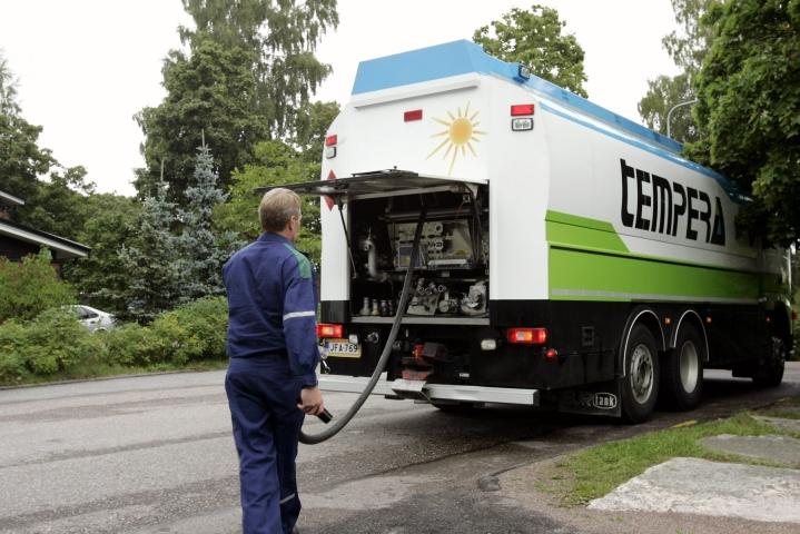 Valtioneuvosto antoi torstaina asetuksen öljylämmityksestä luopumisen avustuksista pientaloissa. LEHTIKUVA / Laura Nissinen