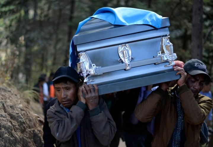Latinalaisessa Amerikassa sijaitsevassa Meksikossa on vuosittain surmattu yli 300000 ihmistä vuodesta 2006 alkaen. LEHTIKUVA / AFP