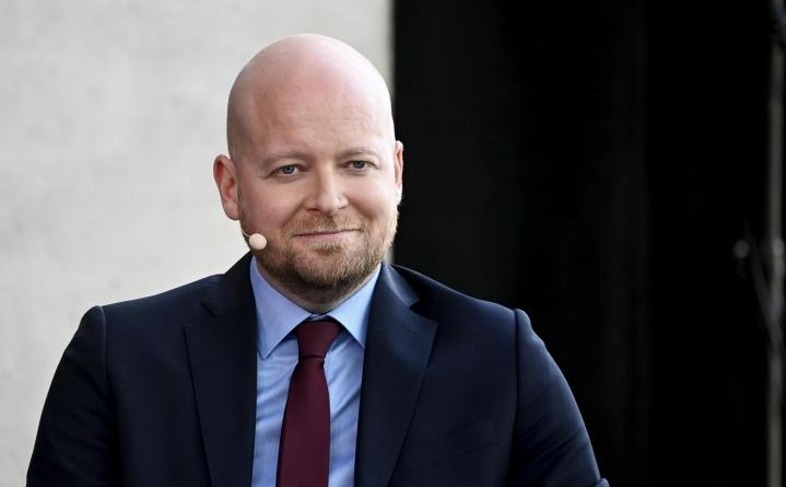 Saramo on ensimmäisen kauden kansanedustaja Uudeltamaalta ja puolueen varapuheenjohtaja. LEHTIKUVA / VESA MOILANEN