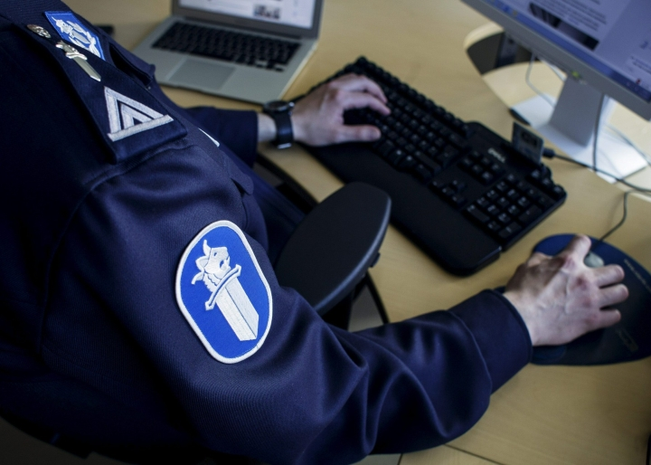 Valtakunnansyyttäjä on määrännyt poliisin tekemään esitutkinnan nettikirjoituksesta, jossa pohdiskellaan miten muslimien joukkotuhoaminen Suomessa toteutettaisiin. Lehtikuva / Ella Kiviniemi