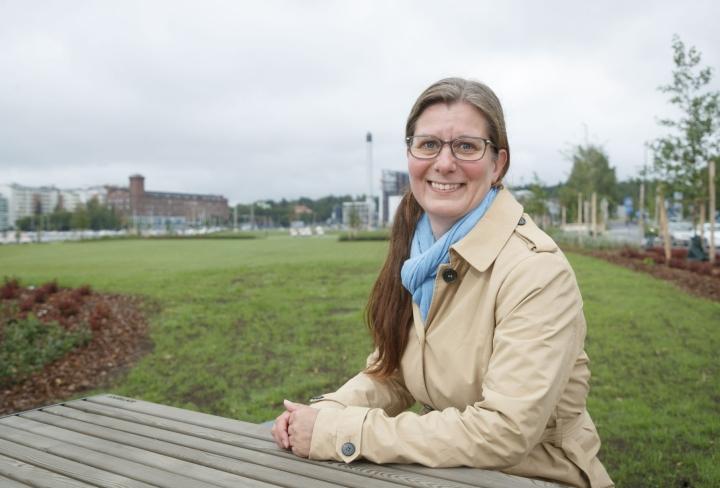 Anu Järvensivun mukaan työn ohessa opiskelevilla on jaksamisriski. Lehtikuva / Kalle Parkkinen