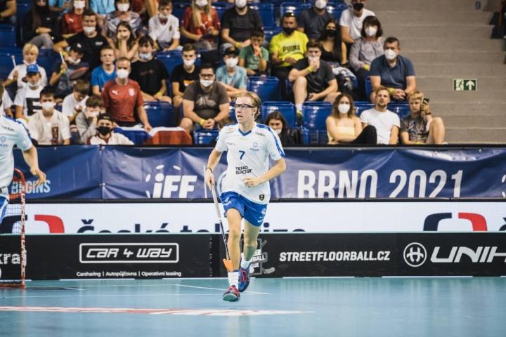 Joensuulaislähtöinen hyökkääjä Tatu Havula viimeisteli MM-turnauksessa neljä osumaa. Havula ja Suomi päätyivät MM-hopealle.