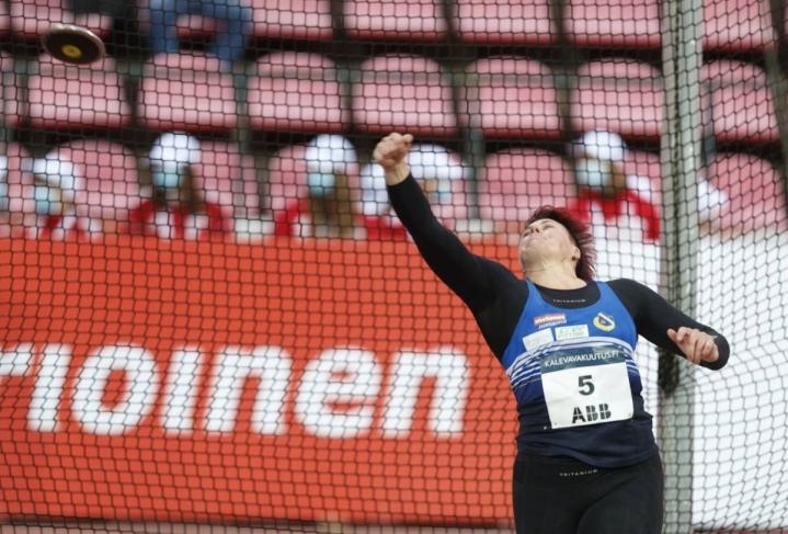 Katri Hirvonen palasi taas mitalikantaan Kalevan kisoissa.