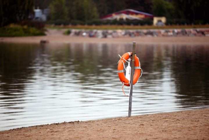 Tammi-elokuun aikana Suomessa on hukkunut yhteensä 120 ihmistä. LEHTIKUVA / Antti Aimo-Koivisto