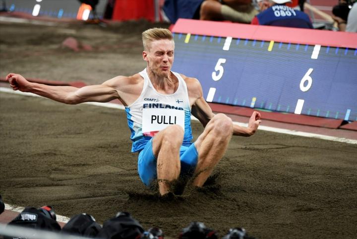 Ryhmässä on muun muassa Kristian Pulli. LEHTIKUVA / Antti Aimo-Koivisto