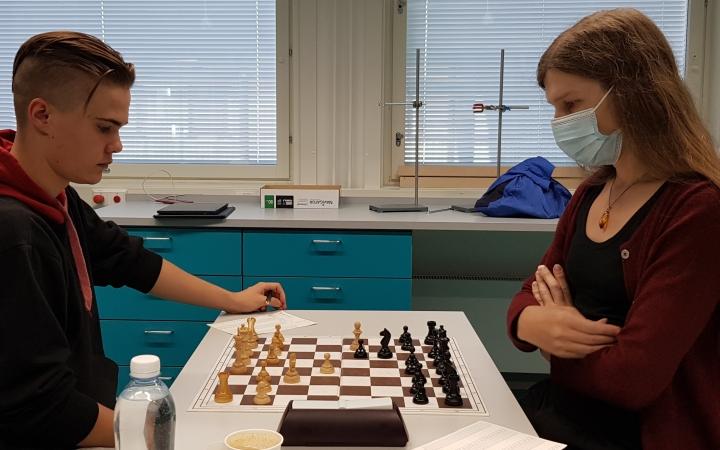 Naisten SM-mitalisti Alia Dannenberg ja koululaisten PM-kisoihin matkaava Eetu Torvinen voittivat kumpikin mitalin, Alialla se oli kultainen.