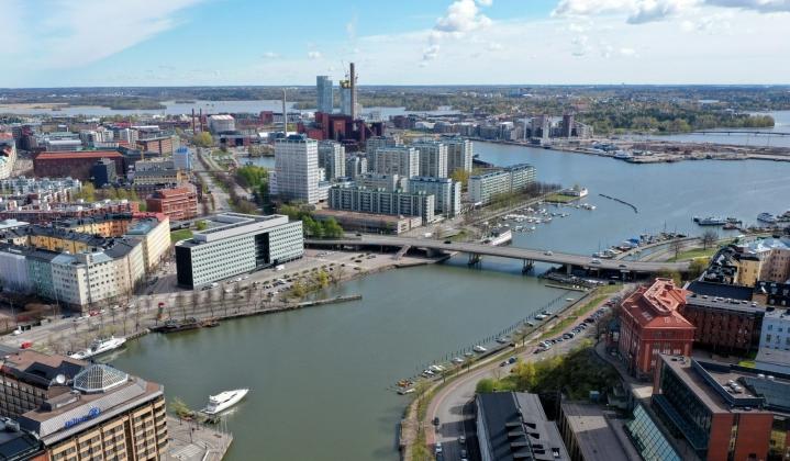 Helsingin yliopiston seismologit ja tähtitieteellinen yhdistys Ursa ovat ryhtyneet yhdessä selvittämään, mistä pamaus voisi johtua. Lehtikuva / Vesa Moilanen