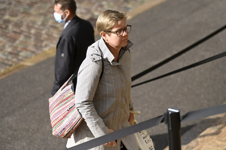 Ministeri Krista Mikkosen mukaan vihreät teki keskiviikkona useita esityksiä, mutta ne eivät johtaneet haluttuun lopputulemaan. LEHTIKUVA / ANTTI AIMO-KOIVISTO