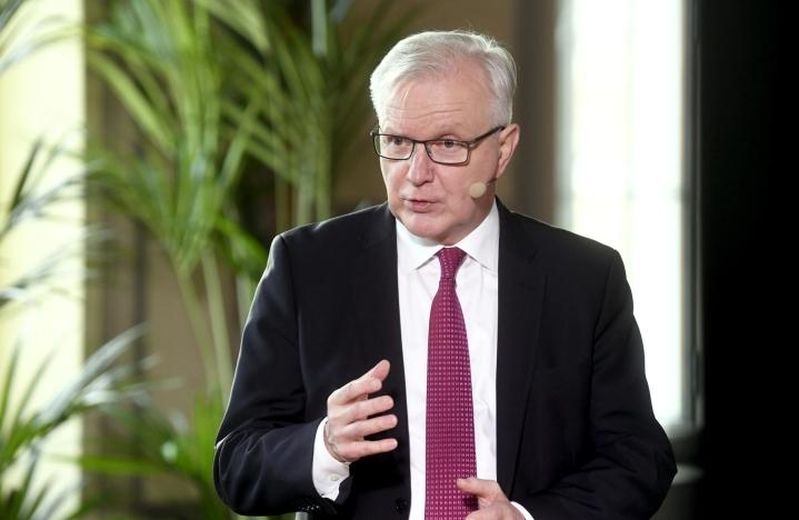 Vastaajista 16 prosenttia nimesi Rehnin. LEHTIKUVA / VESA MOILANEN