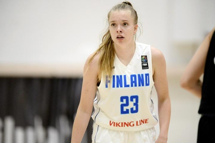 Silja Viita edustaa tulevalla kaudella Eos Lund IK:ta, joka pelaa Ruotsin naisten pääsarjassa. LEHTIKUVA / Mikko Stig