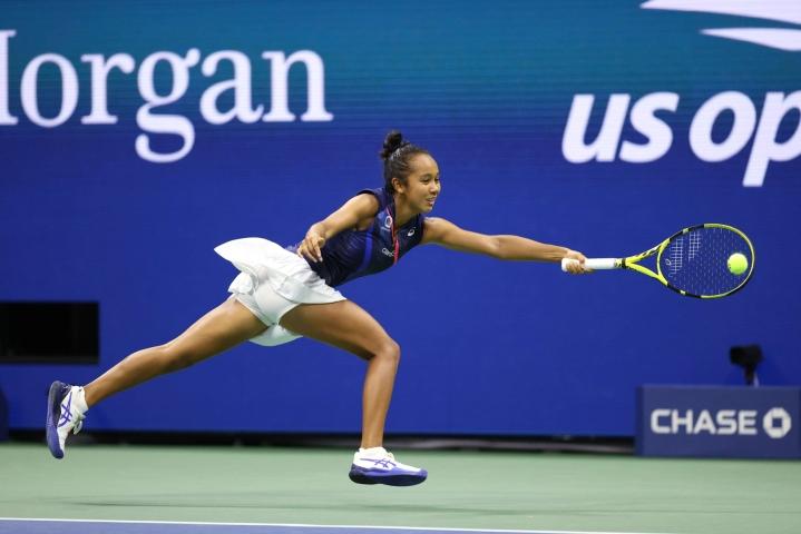 Kanadan Leylah Fernandez on maailmanlistalla sijalla 73. LEHTIKUVA/AFP