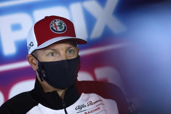 Kimi Räikkönen on edelleen eristyksissä kotonaan. LEHTIKUVA / AFP