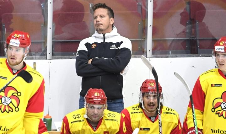 Lauri Marjamäen luostaama Jokerit jäi maaleitta KHL-avauksessa Kazanissa. LEHTIKUVA / Heikki Saukkomaa