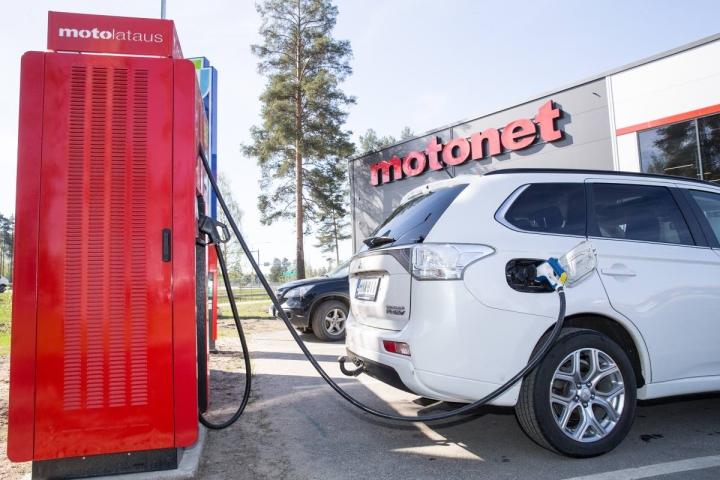 Motonet laajentaa Ruotsiin. Ensimmäisen liikkeen on määrä avautua vuonna 2023.