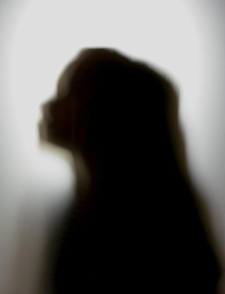 Tänä vuonna kohtalaista tai vaikeaa ahdistuneisuutta on kokenut peräti 30 prosenttia tytöistä.  LEHTIKUVA / Eija Kontio