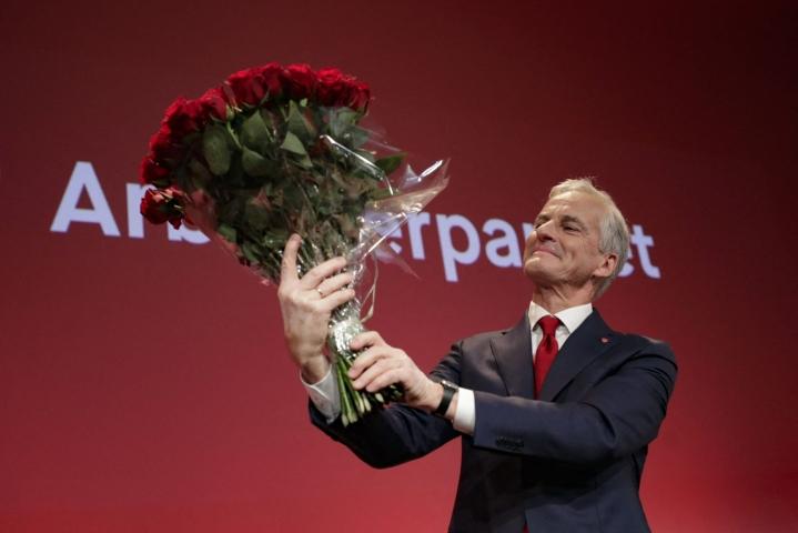 Jonas Gahr Stören johtama työväenpuolue voitti Norja  suurkäräjävaalit. LEHTIKUVA AFP