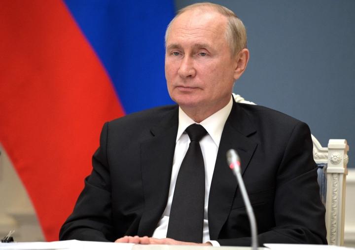 Vladimir Putin 9. syyskuuta virtuaalikokouksessa Moskovassa. LEHTIKUVA / AFP