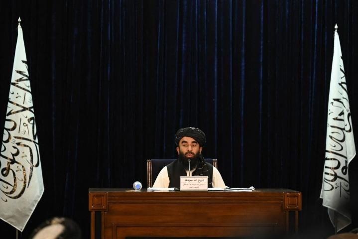 Talebanin edustajan Zabihullah Mujahidin mukaan tiistaina julkistettu hallitus on väliaikainen. LEHTKUVA/AFP
