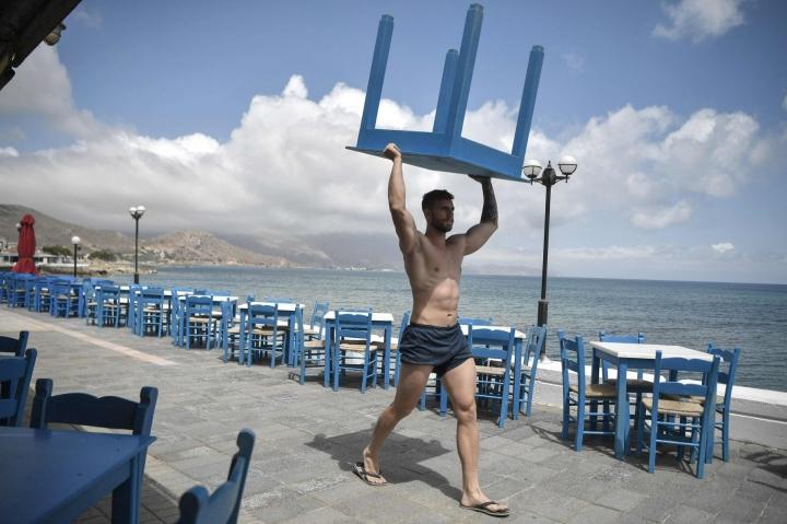 Kuvaa Kreikan Kreetalta toukokuulta. Esimerkiksi Aurinkomatkojen tarjonnassa tällä hetkellä kiinnostavat Kreikka ja Kanariansaaret. Lehtikuva/AFP