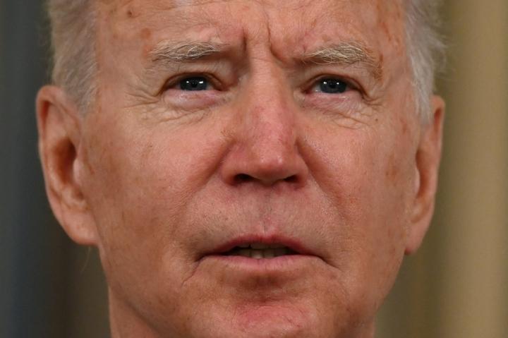 Useimmat mielipidekyselyt osoittavat, että enemmistö yhdysvaltalaisista tukee presidentti Joe Bidenin linjausta. LEHTIKUVA/AFP