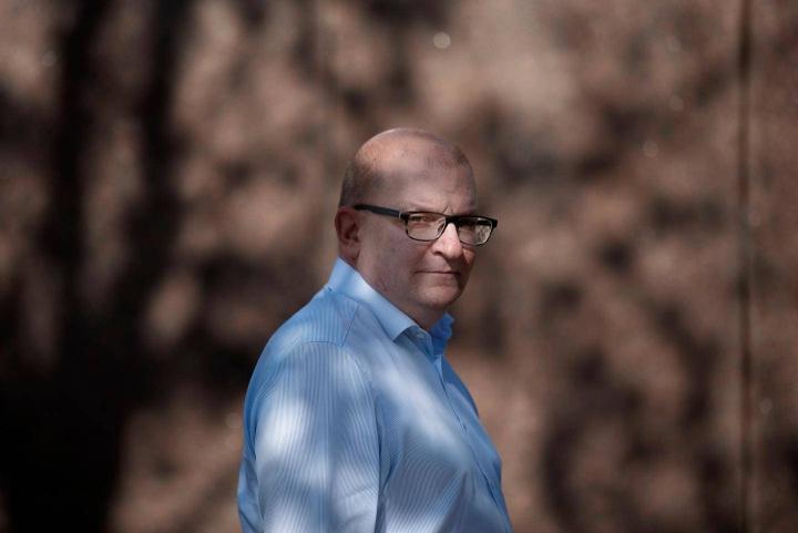 """Teollisuusliiton puheenjohtaja Riku Aalto sanoo, että osa työnantajaleiristä haluaa """"verta kentälle""""."""