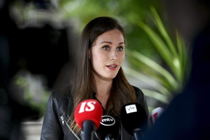 Pääministeri Sanna Marin (sd.) sanoo, että hallituksella on kohtuullisen hyvä yhteisymmärrys koronastrategian päivityksen keskeisistä elementeistä. LEHTIKUVA / Antti Aimo-Koivisto