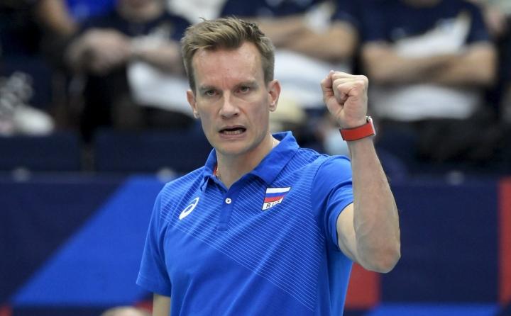 Tuomas Sammelvuon valmentaman Venäjän miesten lentopallomaajoukkueen peli jatkaa EM-turnauksessa ajoittaista takkuamistaan. LEHTIKUVA / Vesa Moilanen