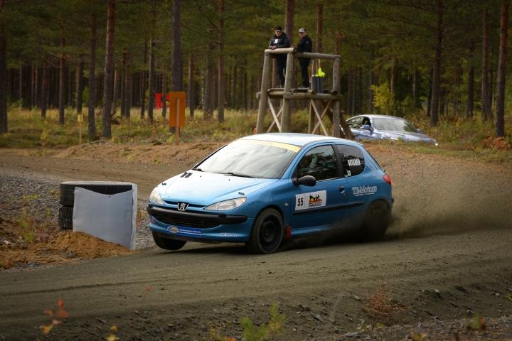 Ville Vatanen väläytti kovaa vauhtiaan nuorten luokassa Kokkolassa. Arkistokuva Kiteen sprintistä viime viikonlopulta.