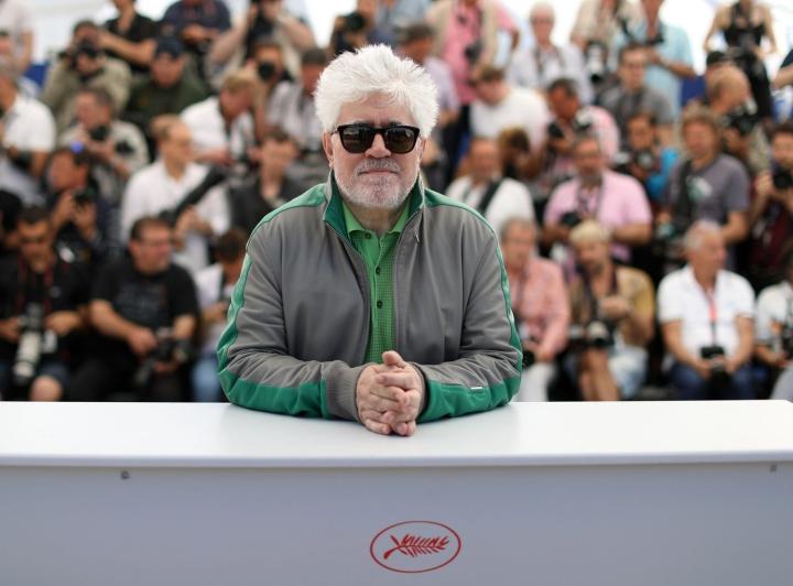 Espanjalaisohjaaja Almodovar kuvassa Cannesissa 2016. Lehtikuva/AFP