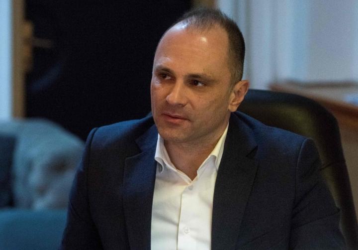 Terveysministeri Venko Filipce arvioi, että sairaalapalon vaatima uhriluku saattaa vielä nousta. LEHTIKUVA/AFP