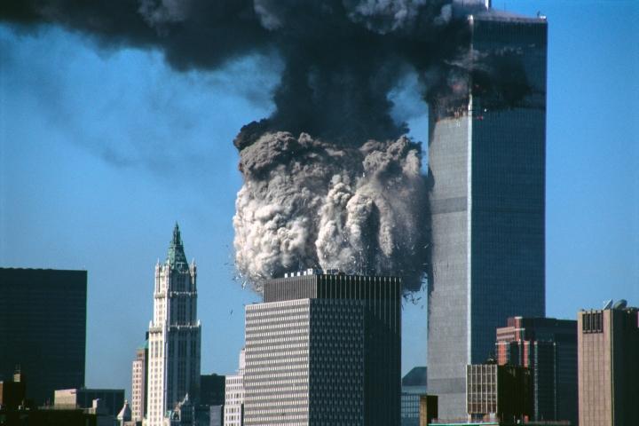 New Yorkin WTC-torneihin ja Pentagoniin kohdistuneet terrori-iskut ovat synnyttäneet salaliittoteorioita, joiden mukaan iskujen takana ei olisi Al-Qaida-järjestö.