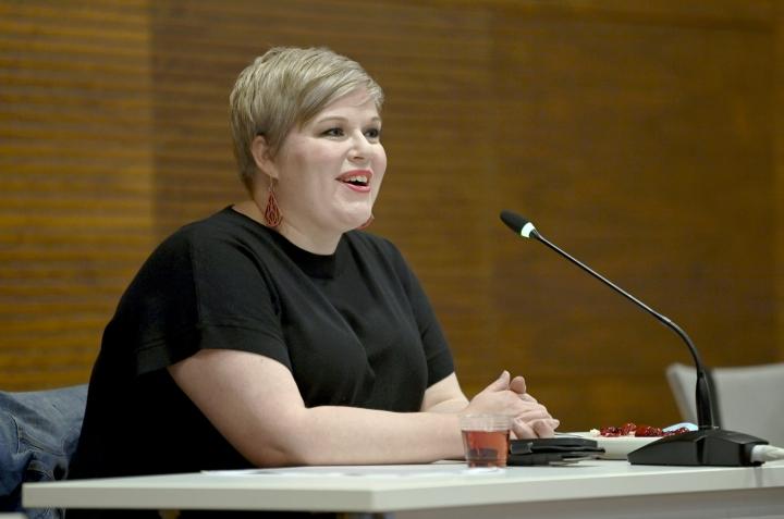 Valtiovarainministeri Annika Saarikon mukaan tiukempi budjettiesitys olisi tarkoittanut hallaa kotitalouksien luottamukselle omaan ja Suomen talouteen. LEHTIKUVA / Emmi Korhonen