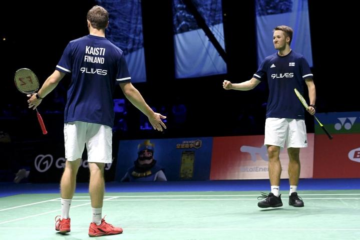 Miesten nelinpelissä Anton Kaisti ja Jesper Paul voittivat Intian M.R. Arjunin ja Dhruv Kapilan 22–20, 21–19. LEHTIKUVA/AFP