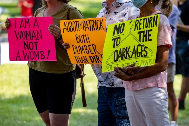 Yhdysvalloissa abortteja vaikeuttavia rajoituksia on otettu tänä vuonna käyttöön eri puolilla maata kymmenittäin. LEHTIKUVA/AFP