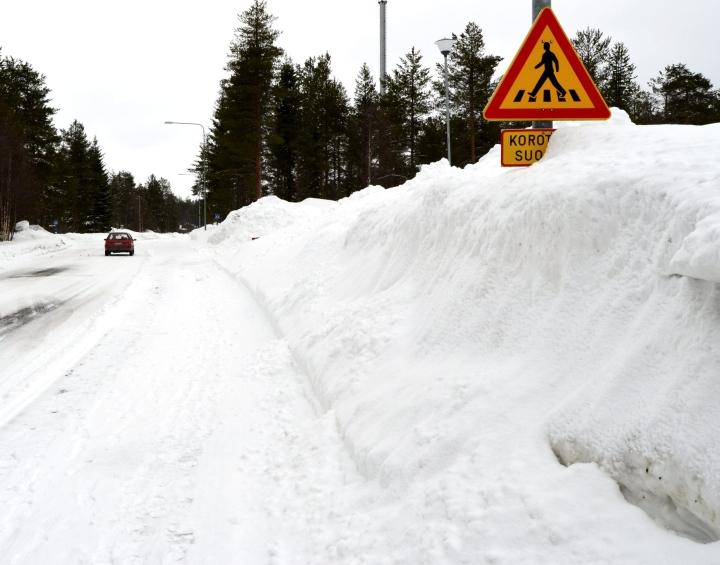 Kylmiä ja lumisia talvia pitäisi silti olla vielä tulevaisuudessakin, mutta niitä on vain aiempaa harvemmin.  LEHTIKUVA / MIRA KYLLÄSTINEN