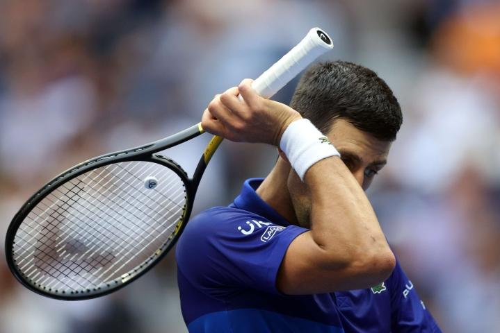 Djokovic olisi voitollaan vienyt saman vuoden aikana neljän grand slam -turnauksen mestaruuden ensimmäisenä kaksinpelien miespelaajana sitten vuoden 1969. LEHTIKUVA / AFP