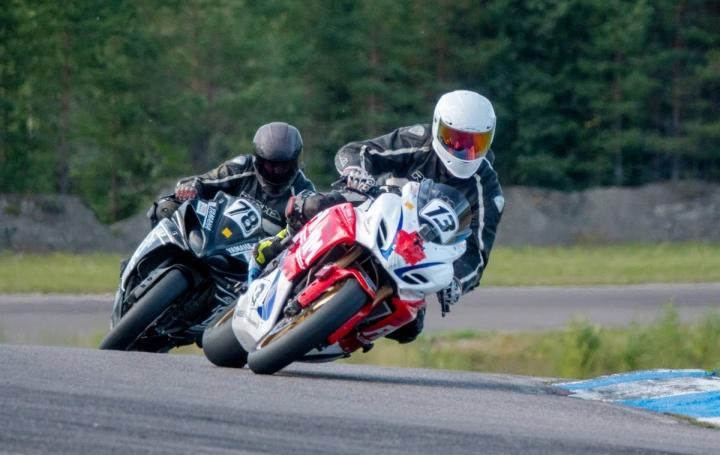 Marko Sinkkonen kilpaili kauden aikana onnistuneesti jokamiesluokassa. Sinkkonen ajamassa arkistokuvassa.