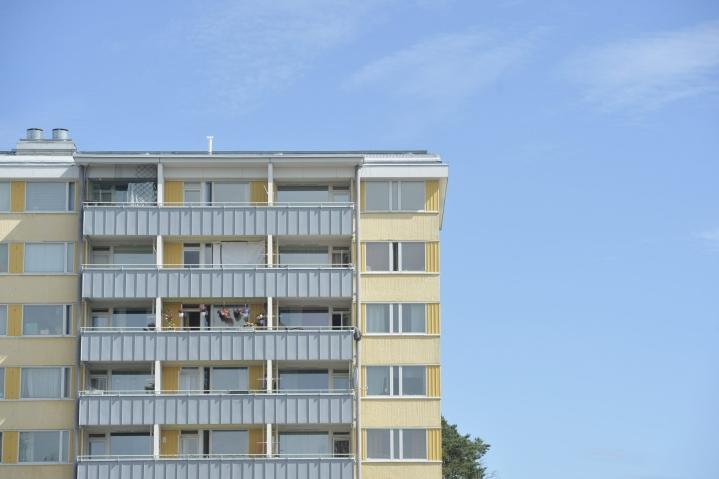 Helsingissä vanhojen osakeasuntojen hinnat nousivat 8,0 prosenttia. LEHTIKUVA / OLIVIA RANTA